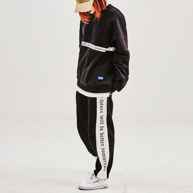 Modern Line crewneck&jogger pants SET BLACK